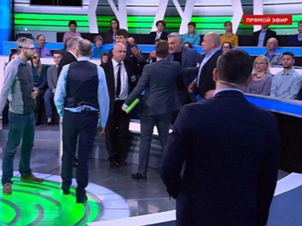 В отсутствии Норкина в студии НТВ произошла драка из-за гитлеровского приветствия (ВИДЕО)