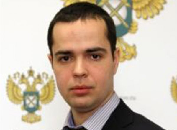 """""""Виновата работа"""": в Москве избит чиновник ФАС"""