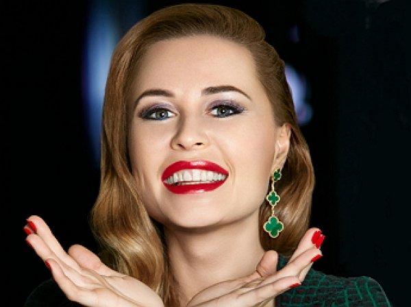 """Звезда """"Уральских пельменей"""" Юлия Михалкова прервала трехнедельное молчание, поразив фанатов на фото"""