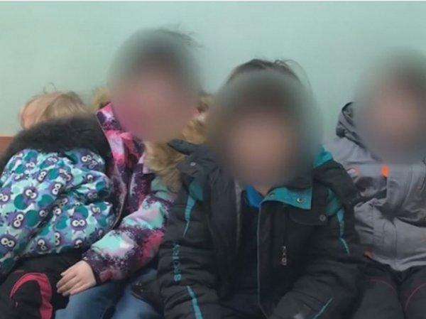 В Мытищах мать годами прятала детей в замусоренной квартире и кормила отходами с помойки