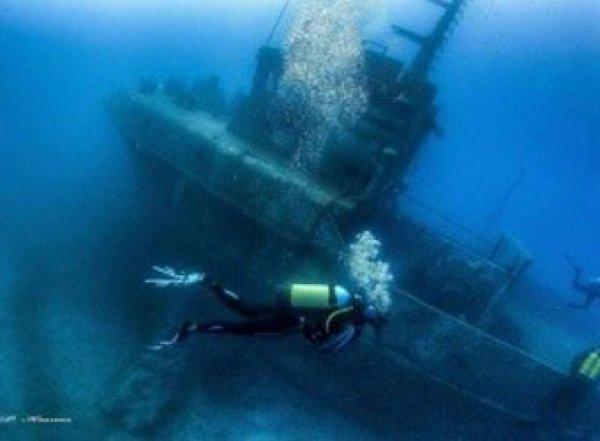 На затонувшем судне обнаружили 10 полотен Айвазовского (ВИДЕО)