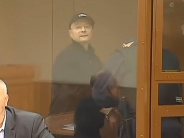 Вор в законе Павлин отпущен из камеры под домашний арест в особняк: его поддержали боксеры Поветкин и Лебедев