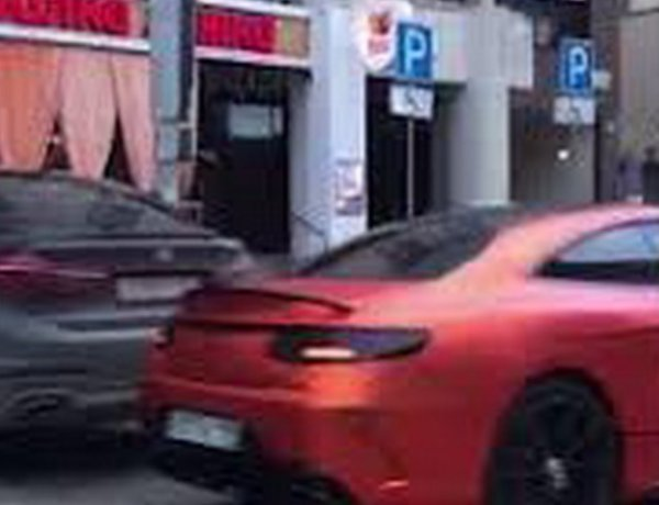 Сын спонсора храма в Екатеринбурге олигарха Алтушкина разбил элитный Mercedes (ВИДЕО)