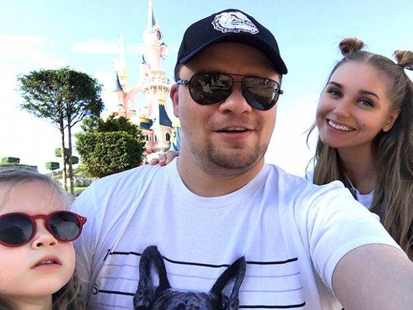 Грубиян Харламов потряс Асмус на отдыхе в Дубае, а та удивила хамством фанатов (ФОТО, ВИДЕО)