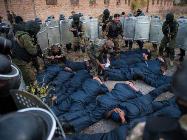 В Таджикистане при попытке побега из тюрьмы убиты 32 осужденных сторонников ИГИЛ