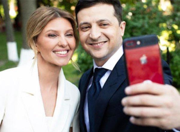 """Жена Зеленского """"обнулила"""" аккаунты в соцсетях, но семейные фото все равно попали в Сеть"""