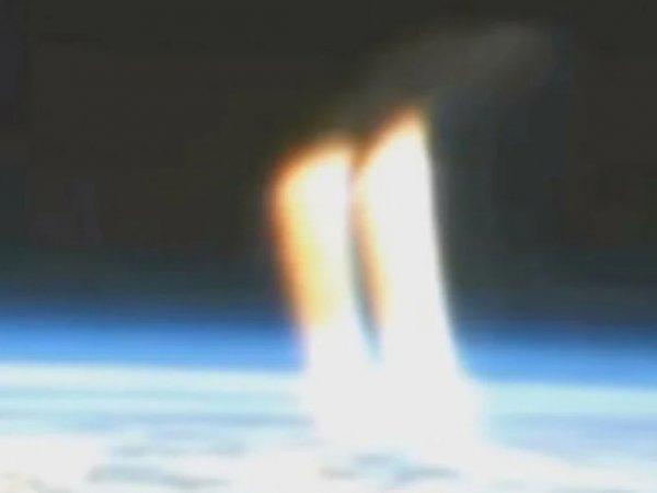 """В NASA прервали трансляцию из космоса из-за """"лучей Нибиру"""" (ВИДЕО)"""
