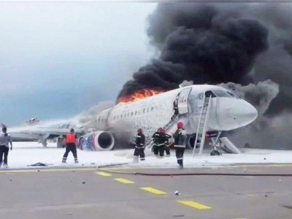 """""""Последнюю часть пути я выползал"""": выживший пассажир SSJ-100 рассказал, что происходило в салоне"""