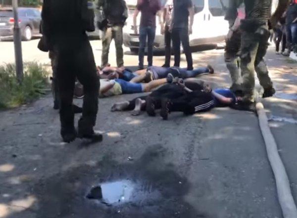 Кровавый бунт в Одессе: заключенные совершили массовый побег из колонии