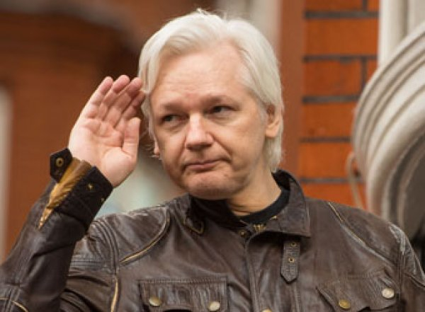 США хотят посадить Ассанжа на 175 лет: основателю WikiLeaks предъявили 17 новых обвинений