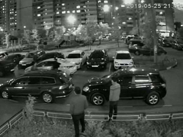 В Одинцово таксист открыл стрельбу по прохожим из пулемета