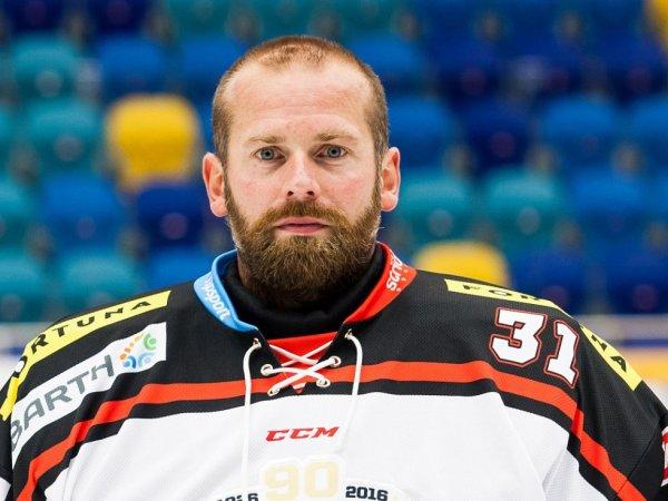 Экс-вратарь «Авангарда» и сборной Чехии по хоккею Адам Свобода покончил с собой