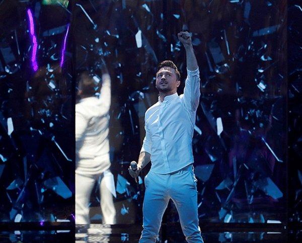 """Лазарев произвел фурор на """"Евровидении 2019"""" своим выступлением, вырвавшись в лидеры на YouTube (ВИДЕО)"""