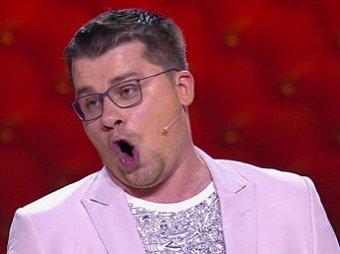 Есть ли предел днищу Эрнста?: новый троллинг шоу Гузеевой от Харламова ошарашил Сеть (ВИДЕО)
