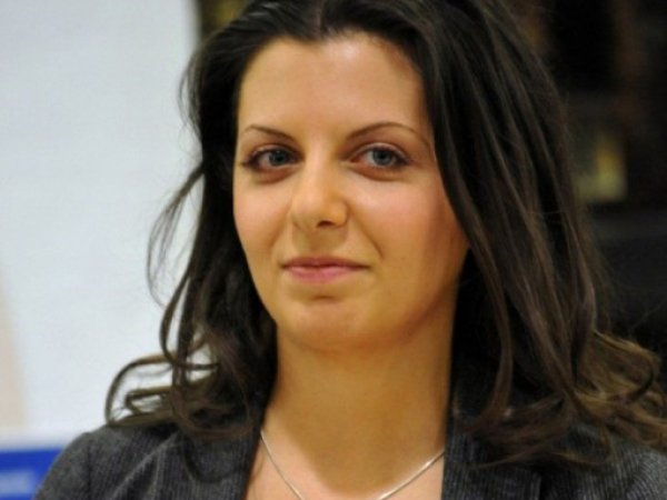 Попавшая после инцидента с Соболь в больницу Симоньян пожаловалась на угрозу выкидыша