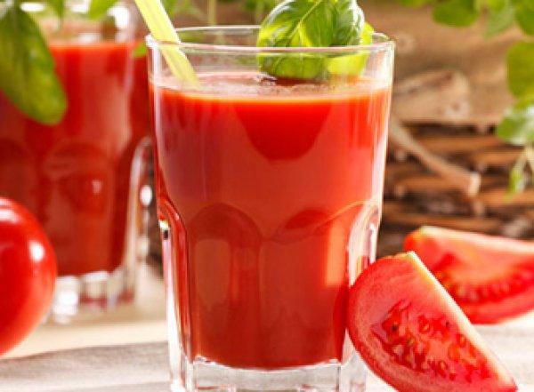 Ученые: томатный сок снижает риск сердечных заболеваний