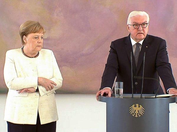 Меркель снова начало трясти на публике (ВИДЕО)