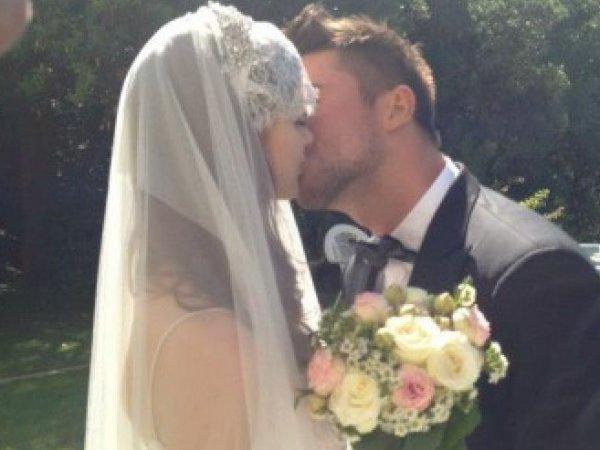В Сеть просочилось фото с тайной свадьбы Сергея Лазарева