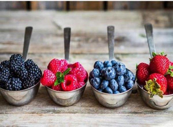 Медики назвали самые полезные ягоды