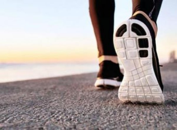 Ученые назвали число шагов, нужное для продления жизни