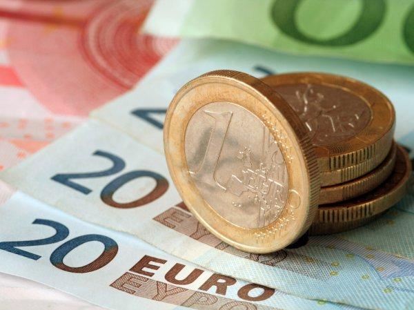 Курс доллара и евро на сегодня, 19 июня 2019: евро может обрушиться – эксперты
