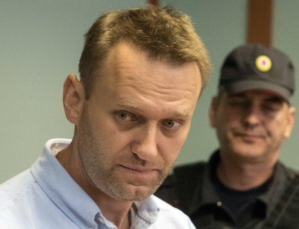 """""""Результат действия неопределенных химических веществ"""": врач Навального рассказал о его состоянии"""
