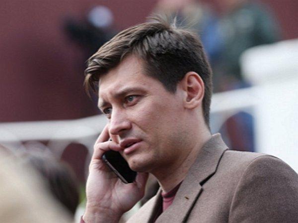 К оппозиционеру Дмитрию Гудкову пришли с обыском