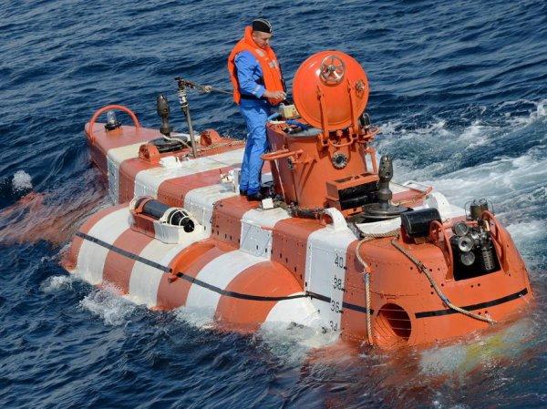 Минобороны: при пожаре на глубоководном аппарате погибли 14 моряков РФ