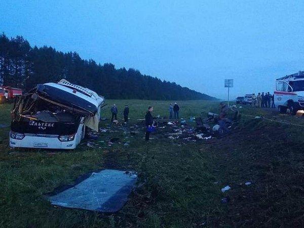 Авария с автобусом в Башкирии: 6 погибших (ВИДЕО)