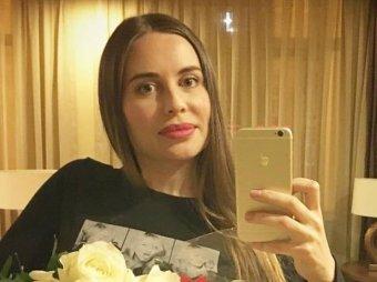 Все попами крутите?: неактивная Михалкова из Уральских пельменей взбесила Сеть гламурным фото