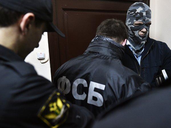 Арестованные 7 сотрудников ФСБ напали на бизнесмена в банке при внесении депозита в 136 млн