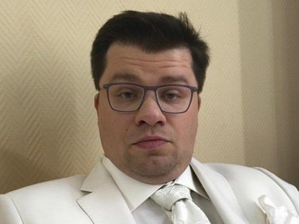 «Сегодня в Майами, завтра в Америку»: Гарик Харламов показал «идеальную» невесту в «Давай поженимся»