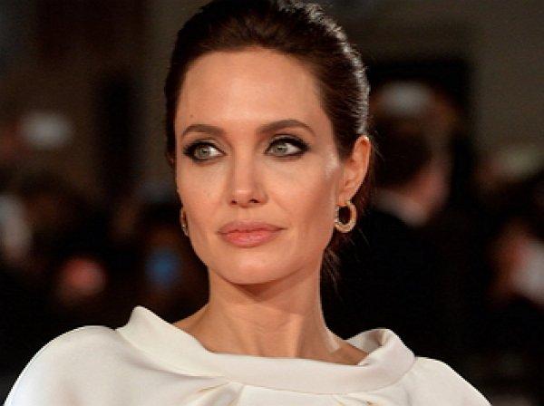 Анджелина Джоли шокировала Сеть фото в нижнем белье