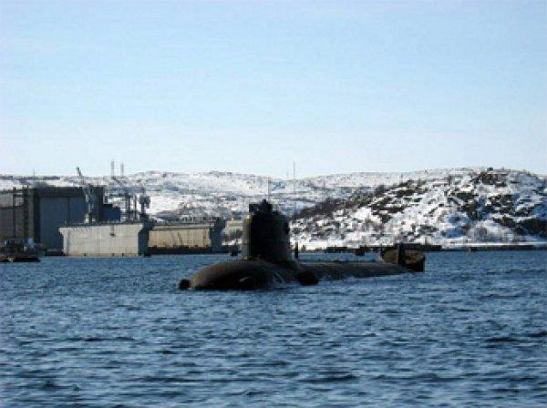 Пожар на подлодке в Североморске унес жизни семи капитанов первого ранга и двух Героев России