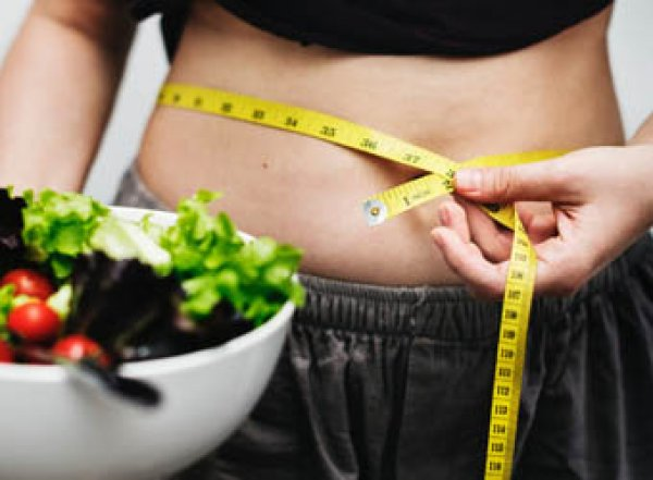 Медики назвали продукты, мешающие похудеть