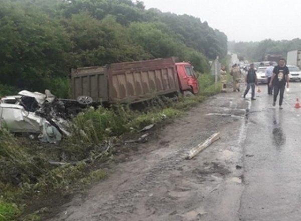 В Приморье в ДТП с участием грузовика погибли шесть человек (ВИДЕО)