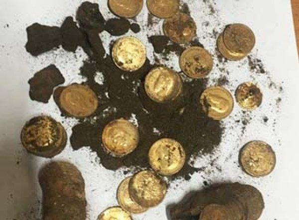 В Москве обнаружен крупнейший клад золотых монет