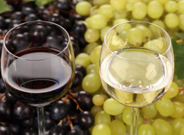 Медики рассказали какое вино снижает риск ожирения