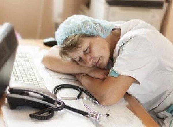 Врачи: четырехдневная рабочая неделя смертельно опасна для здоровья