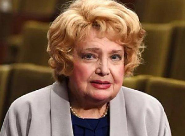 Уволенная Доронина страдает, оставшись без МХАТа