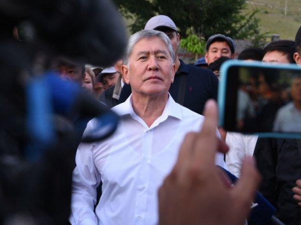 """""""Оружие было только у меня"""": Атамбаев рассказал, как участвовал в отражении штурма своего дома"""