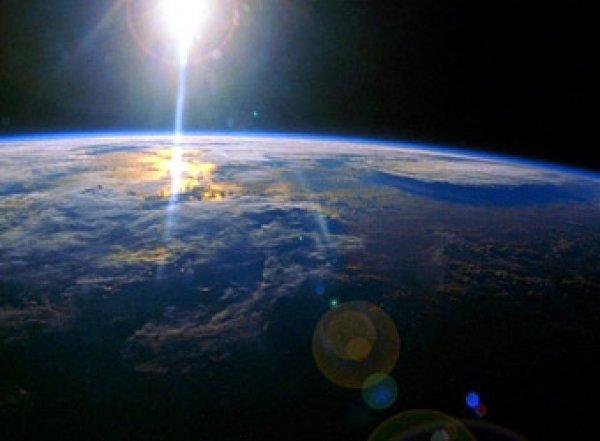 ВВССШАсообщили овзрыве вкосмосе