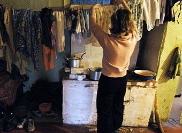 Росстат шокировал россиян: четверть детей в стране живут за порогом бедности