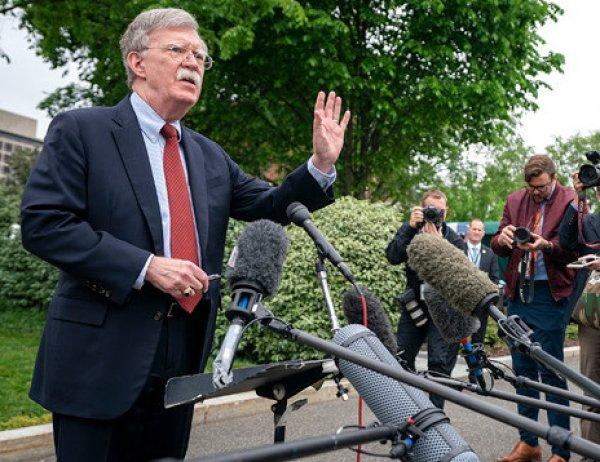 Трамп отправил Болтона в отставку с поста советника по нацбезопасности
