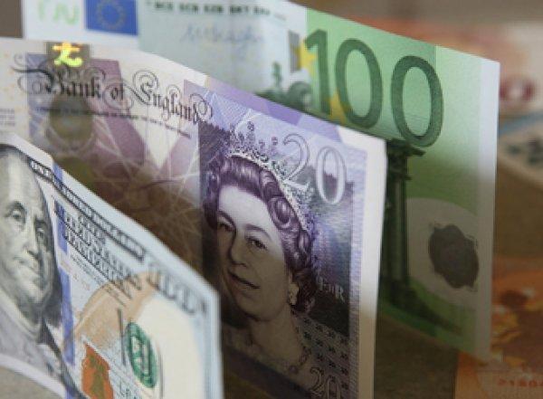 Россиян заставят платить за хранение валюты