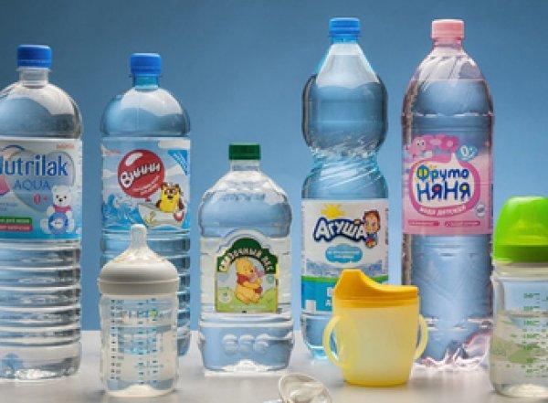 Роскачество назвало лучшую питьевую воду для детей