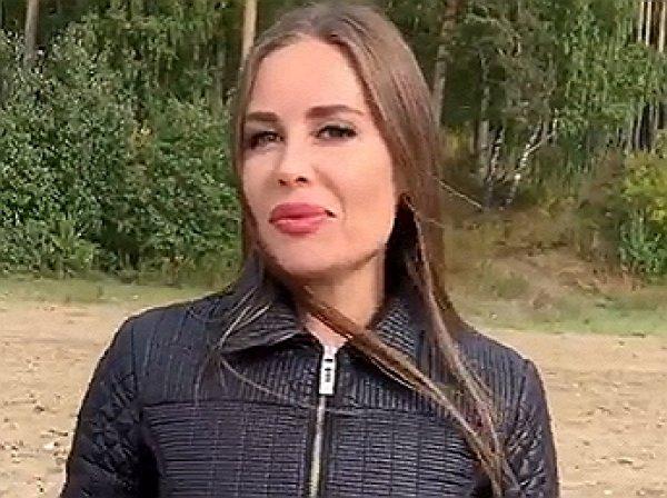 """Михалкова из """"Уральских пельменей"""" сделала неожиданное признание в любви на камеру (ВИДЕО)"""