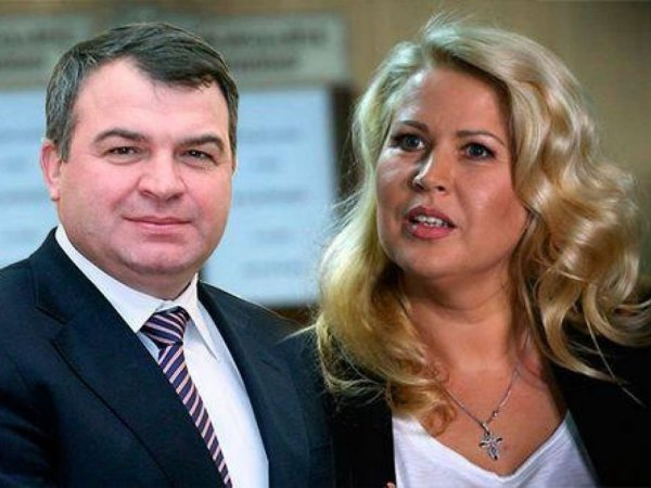 СМИ: у Сердюкова и Васильевой появилось трое детей