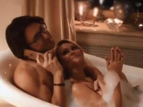 Голый Малахов ответил своей конкурентке Собчак видео из ванной с женой (ВИДЕО)
