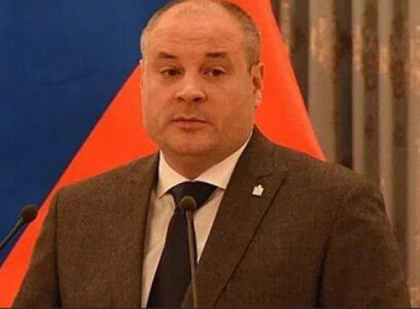 В Рязанской области директора школы уволили прямо на праздничной линейке